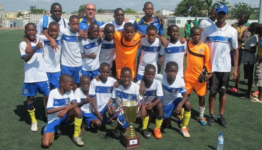 Escuela de Fútbol de Alto Rendimiento. AFA ganado un torneo