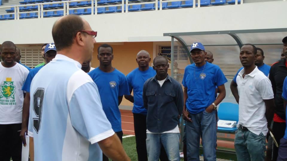 Curso de Iniciación a Técnico Deportivo en la AFA. Metodología de fútbol